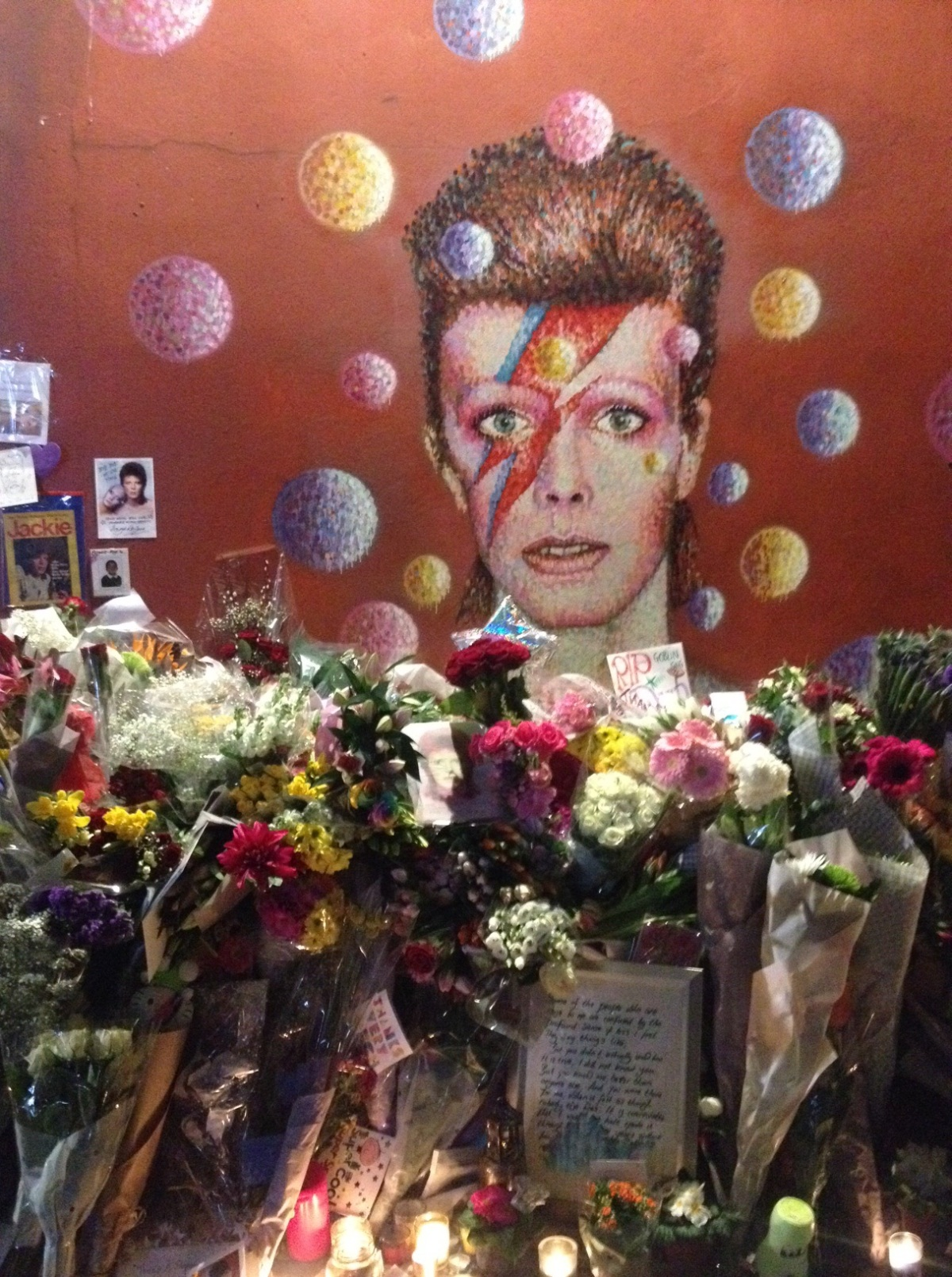 Brixton Bids farewell to Bowie